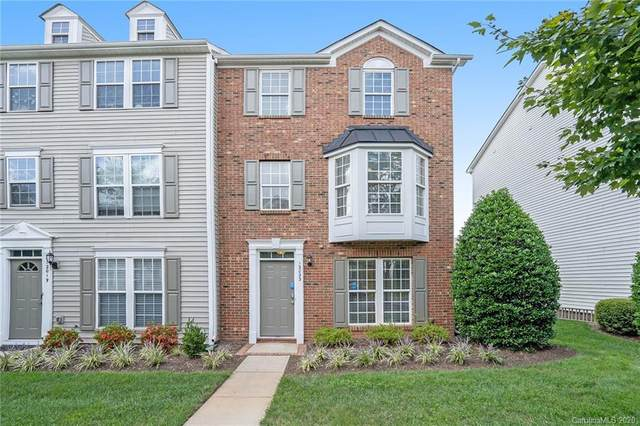 12023 Duke Lancaster Drive, Charlotte, NC 28277 (#3661561) :: Charlotte Home Experts