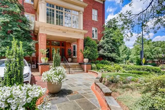 229 Poplar Street #34, Charlotte, NC 28202 (#3661664) :: Johnson Property Group - Keller Williams