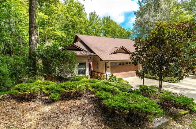 4 Unoga Court, Brevard, NC 28712 (#3661918) :: BluAxis Realty