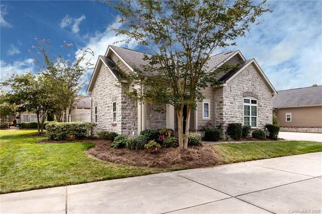 4759 Polo Gate Boulevard, Charlotte, NC 28216 (#3662214) :: Homes Charlotte