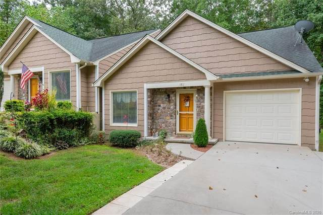 182 39th Ave Court NW, Hickory, NC 28601 (#3663106) :: Homes Charlotte