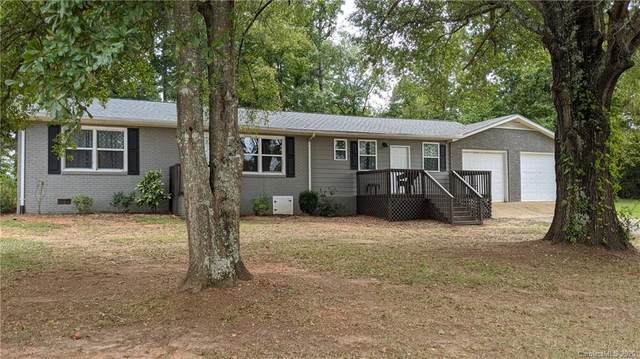 3807 Woodlawn Street, Sharon, SC 29742 (#3663285) :: Stephen Cooley Real Estate Group