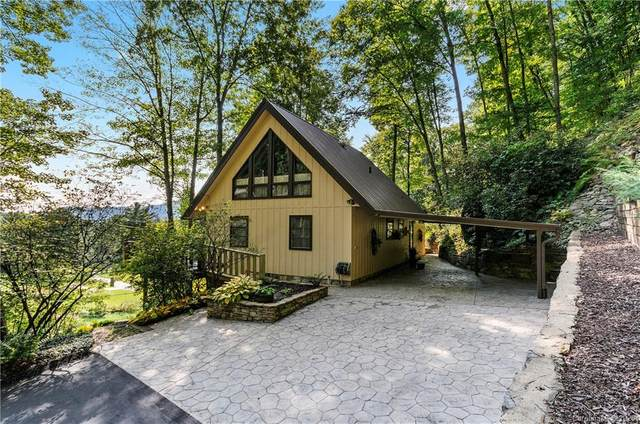 891 Country Club Drive, Maggie Valley, NC 28751 (#3663566) :: SearchCharlotte.com