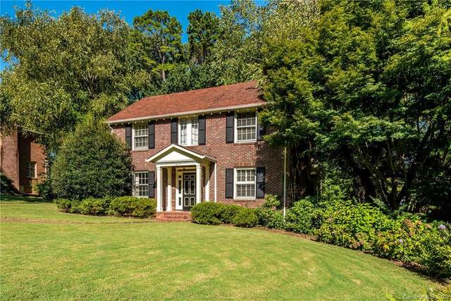 2010 Pinewood Circle, Charlotte, NC 28211 (#3663939) :: The Downey Properties Team at NextHome Paramount