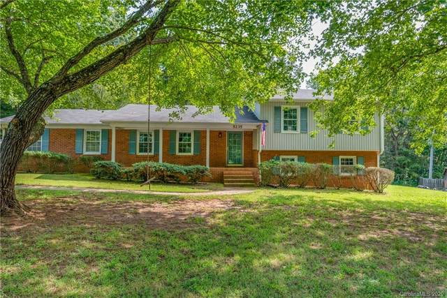 5235 Petersburg Drive, Concord, NC 28027 (#3664228) :: Rinehart Realty