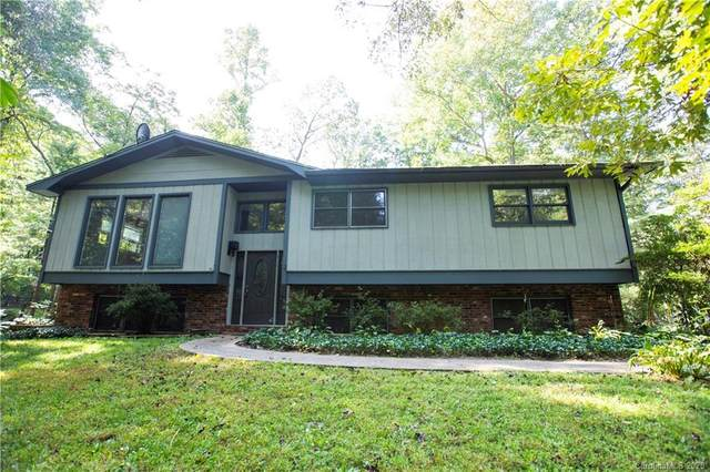 215 Fallen Timber Road, Hendersonville, NC 28791 (#3664287) :: LePage Johnson Realty Group, LLC