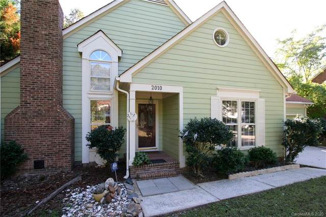 2010 Kilkenney Hill Road, Matthews, NC 28105 (#3664575) :: Homes with Keeley | RE/MAX Executive