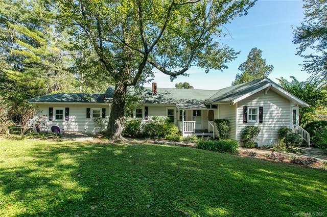 901 Temon Street, Hendersonville, NC 28739 (#3665539) :: Besecker Homes Team