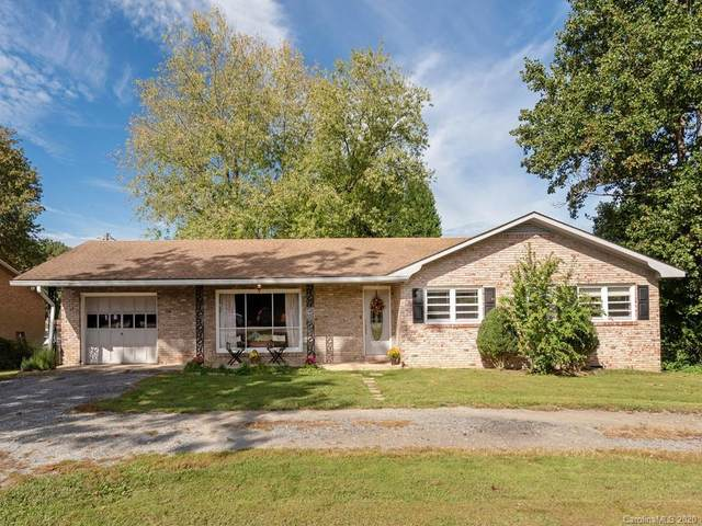 191 Fairground Avenue, Hendersonville, NC 28792 (#3666087) :: MOVE Asheville Realty