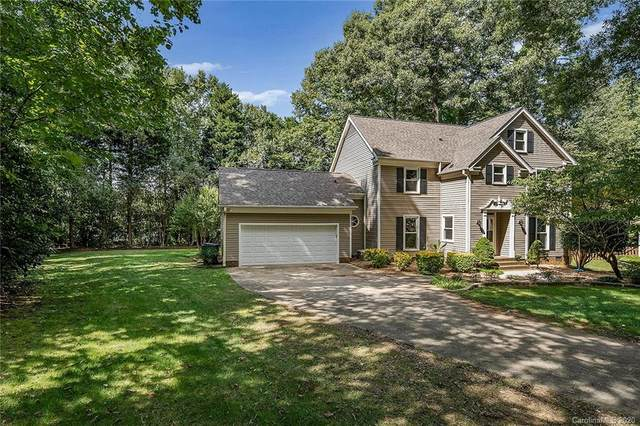 3111 Peregrine Court, Charlotte, NC 28269 (#3666367) :: Miller Realty Group