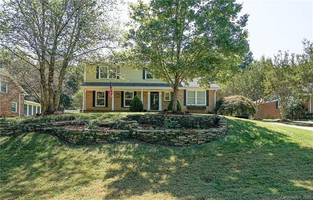 6935 Abbotswood Drive, Charlotte, NC 28226 (#3666762) :: Besecker Homes Team