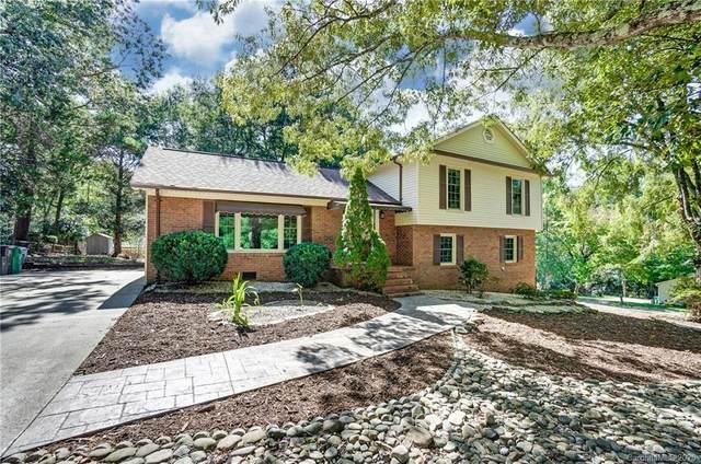 1333 E Barden Road, Charlotte, NC 28226 (#3667470) :: Charlotte Home Experts