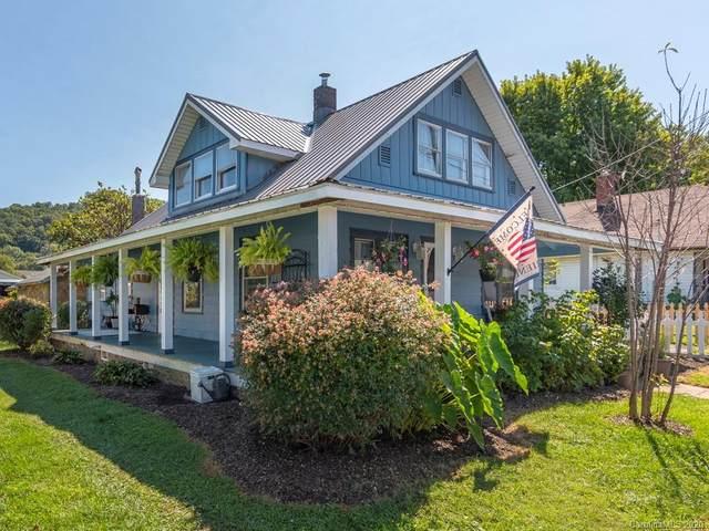 1277 Brown Avenue, Waynesville, NC 28786 (#3667907) :: Besecker Homes Team