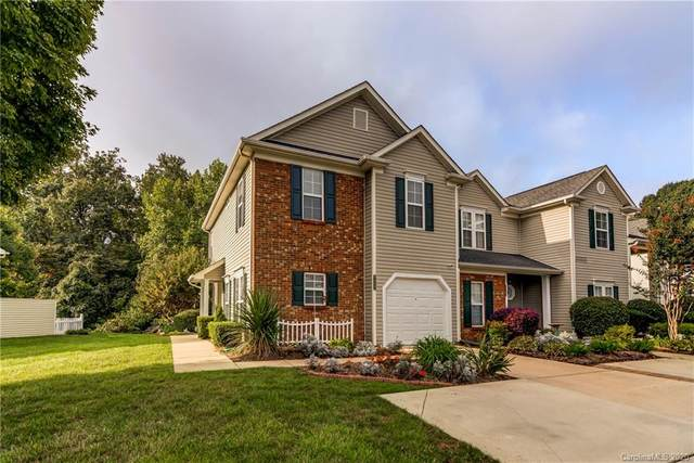 9009 Cinnabay Drive #43, Charlotte, NC 28216 (#3668048) :: Caulder Realty and Land Co.