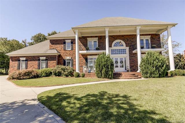 5018 Golf View Court, Matthews, NC 28104 (#3668135) :: High Performance Real Estate Advisors