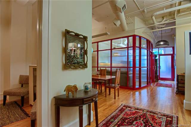84 W Walnut Street #201, Asheville, NC 28801 (#3668210) :: Homes with Keeley | RE/MAX Executive