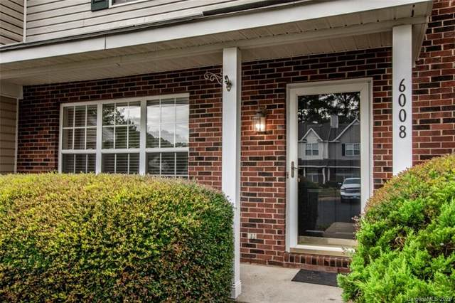 6008 Cougar Lane, Charlotte, NC 28269 (#3668280) :: The Ordan Reider Group at Allen Tate