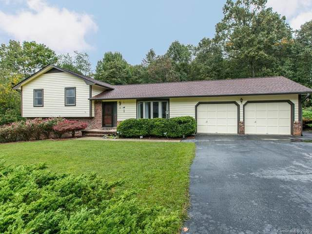 20 Country Lane, Candler, NC 28715 (#3668308) :: High Performance Real Estate Advisors