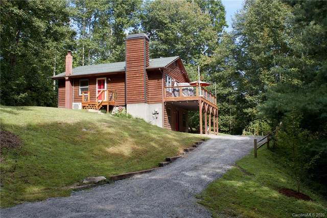 257 Arrowhead Trail, Hendersonville, NC 28739 (#3668351) :: Charlotte Home Experts