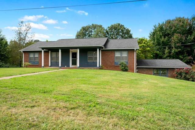 2513 Pinoak Drive, Hickory, NC 28602 (#3668583) :: LePage Johnson Realty Group, LLC