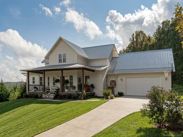 280 Eagles Eye Drive, Hendersonville, NC 28792 (#3668841) :: Mossy Oak Properties Land and Luxury