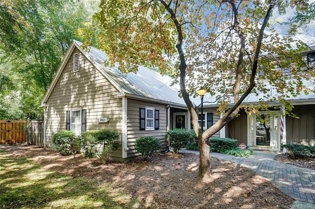 3812 Selwyn Farms Lane, Charlotte, NC 28209 (#3668974) :: Willow Oak, REALTORS®