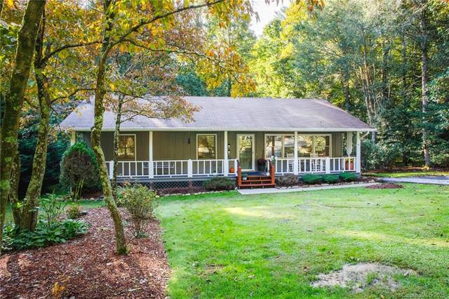 19 Pinecroft Lane, Fletcher, NC 28732 (#3669405) :: Carlyle Properties