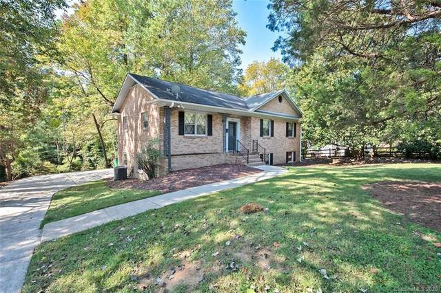6614 Old Providence Road, Charlotte, NC 28226 (#3669531) :: LePage Johnson Realty Group, LLC