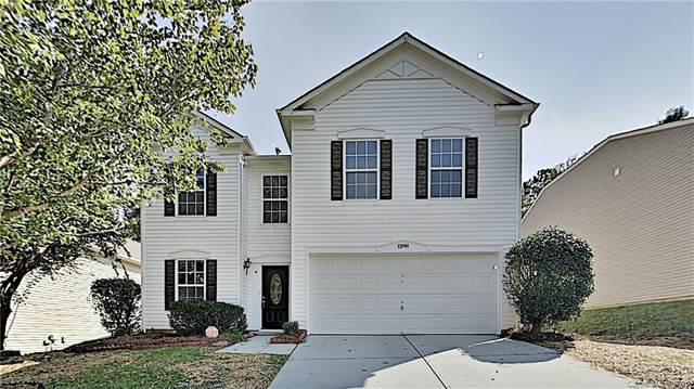 13944 Pinyon Pine Lane, Charlotte, NC 28215 (#3669675) :: The Mitchell Team