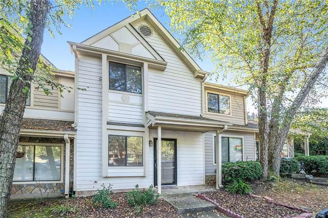 4102 N Course Drive, Charlotte, NC 28277 (#3670452) :: Charlotte Home Experts