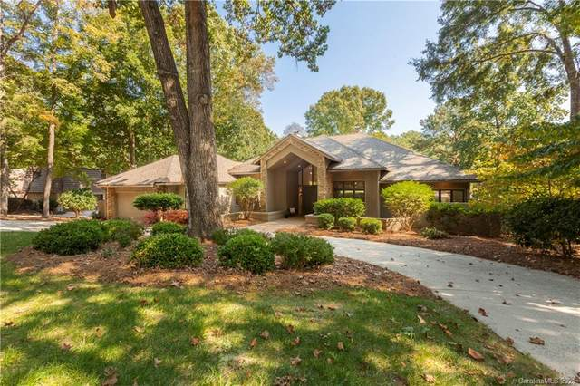 3411 Windbluff Drive, Charlotte, NC 28277 (#3670647) :: Charlotte Home Experts