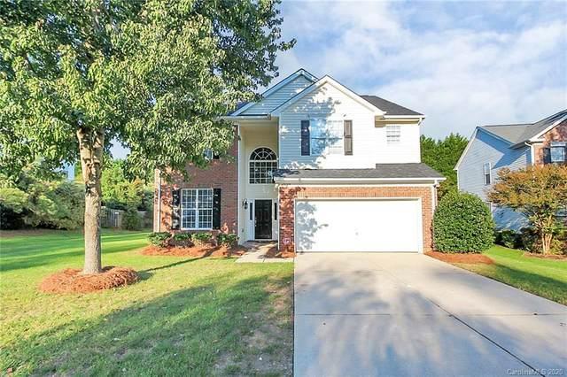 17123 Cambridge Woods Court, Charlotte, NC 28277 (#3670660) :: The Mitchell Team