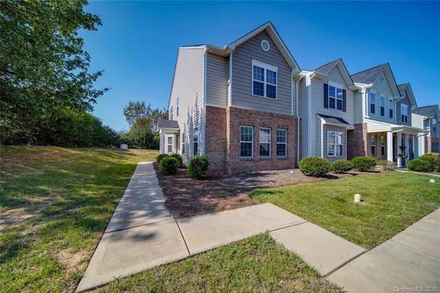 9505 Drains Bay Court, Charlotte, NC 28214 (#3670721) :: Odell Realty