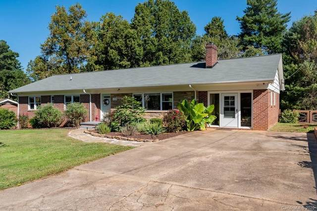 126 31st Avenue NW, Hickory, NC 28601 (#3670835) :: LePage Johnson Realty Group, LLC