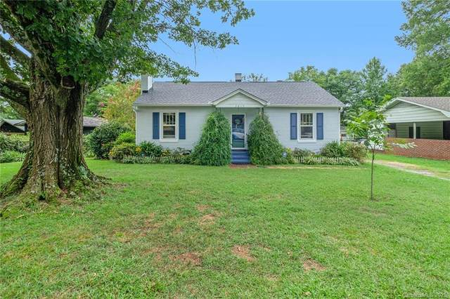 3819 Plainview Road, Charlotte, NC 28208 (#3670905) :: Caulder Realty and Land Co.