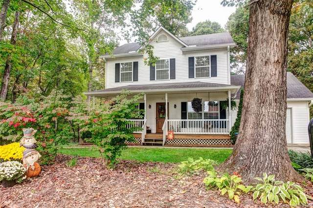 5 Owlwood Drive, Candler, NC 28715 (#3671826) :: Johnson Property Group - Keller Williams