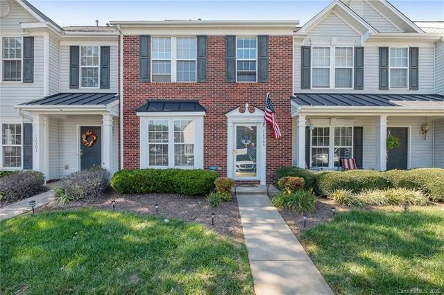 12305 Jessica Place, Charlotte, NC 28269 (#3671970) :: Ann Rudd Group