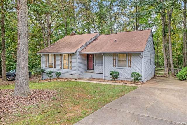 10005 Santa Fe Lane, Mint Hill, NC 28227 (#3672446) :: Homes Charlotte