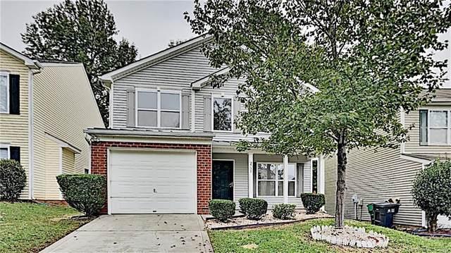 2738 Cochrane Drive, Charlotte, NC 28269 (#3672448) :: High Performance Real Estate Advisors