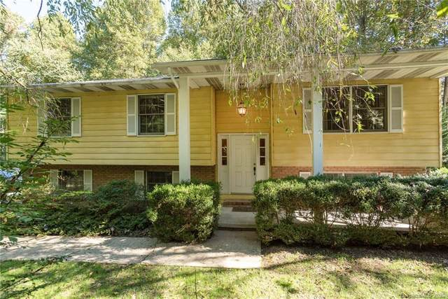 120 Woodlawn Avenue, Hendersonville, NC 28791 (#3673106) :: High Performance Real Estate Advisors