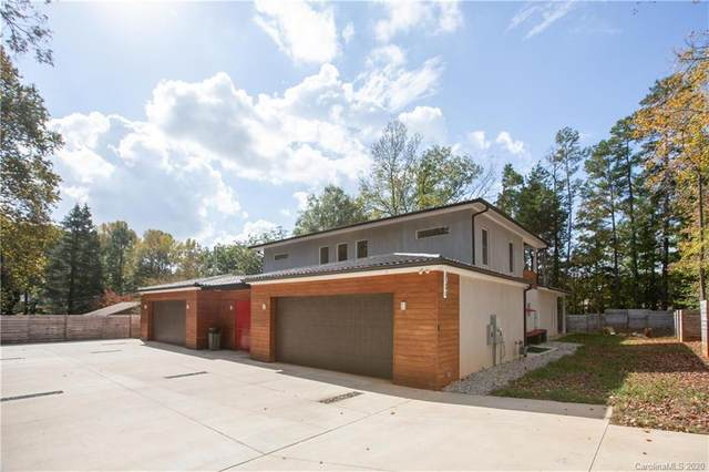 4349 Hyde Park Drive, Charlotte, NC 28216 (#3673113) :: Caulder Realty and Land Co.