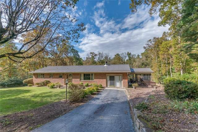 208 Sunrise Drive, Hendersonville, NC 28791 (#3673274) :: High Performance Real Estate Advisors