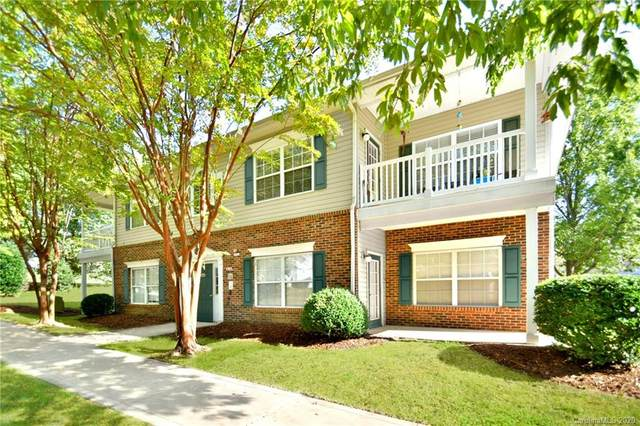 21706 Aftonshire Drive, Cornelius, NC 28031 (#3673287) :: The Mitchell Team