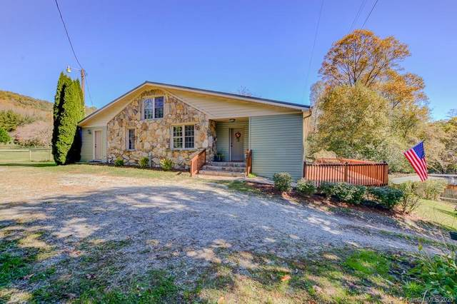 5147 Old Clear Creek Road, Hendersonville, NC 28792 (#3673292) :: Keller Williams Professionals