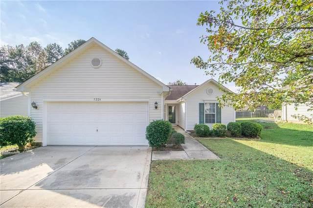 5224 Deerton Road, Charlotte, NC 28269 (#3673412) :: High Performance Real Estate Advisors