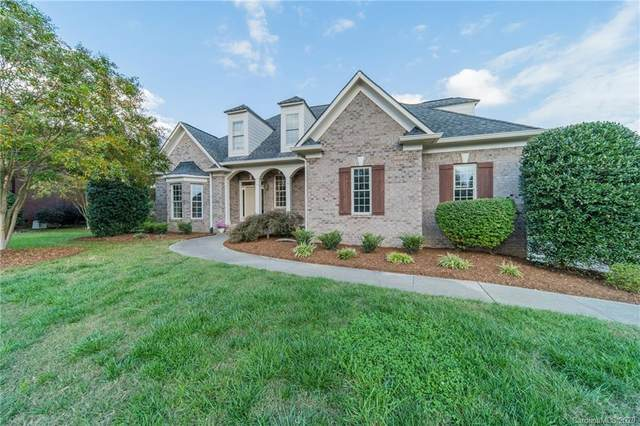 5512 Two Iron Drive, Matthews, NC 28104 (#3673445) :: High Performance Real Estate Advisors