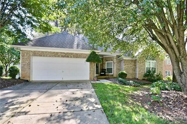9008 New Oak Lane, Huntersville, NC 28078 (#3673580) :: LKN Elite Realty Group | eXp Realty