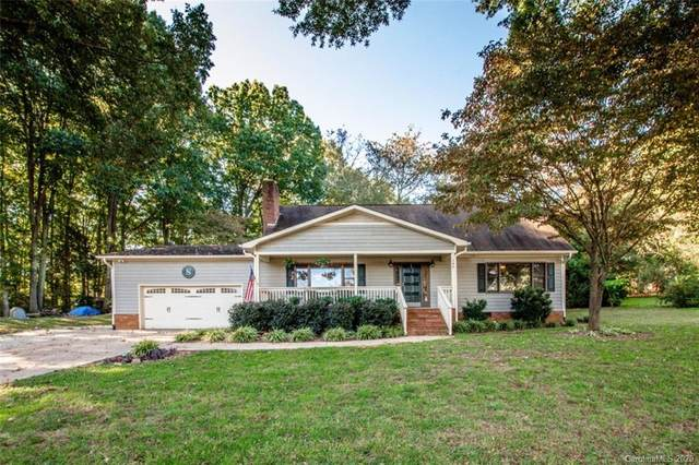 140 Crystal Circle, Mooresville, NC 28117 (#3673763) :: LePage Johnson Realty Group, LLC