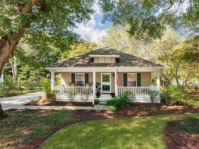 215 6th Street, Belmont, NC 28012 (#3674141) :: High Performance Real Estate Advisors
