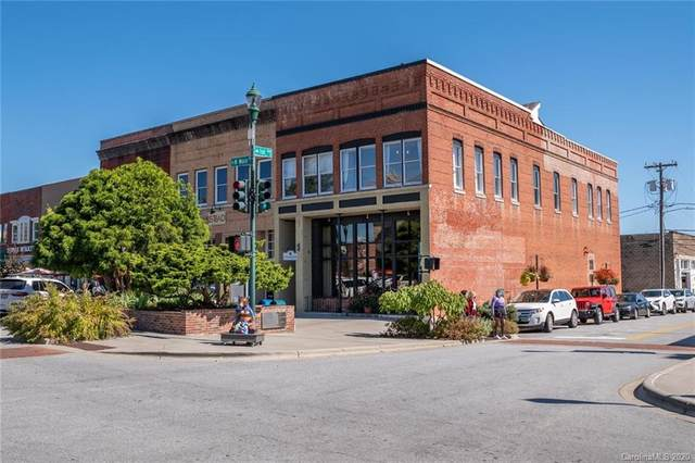 104 Main Street, Henderson, NC 28792 (#3674540) :: Puma & Associates Realty Inc.